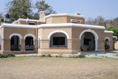 bijrani rest house corbett tour